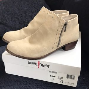 Minnetonka Brie boot 11 stone exellent